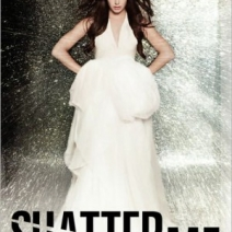 Giveaway Winner: Shatter Me by Tahereh Mafi