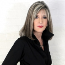 A chat with Hank Phillippi Ryan, author of The Wrong Girl